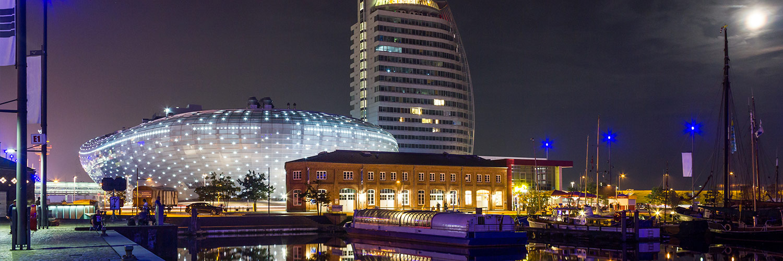 Frische Brise und maritimes Nordseeflair in Friesland Weltstadtluft in Hamburg und Kultur in Bremerhaven